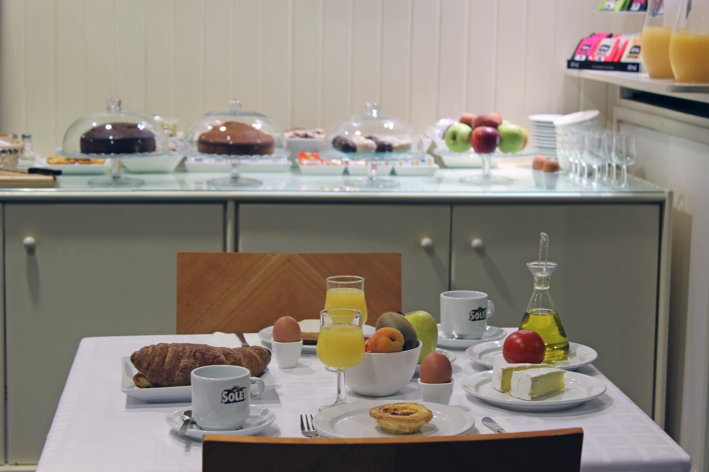 Desayuno buffet (2)